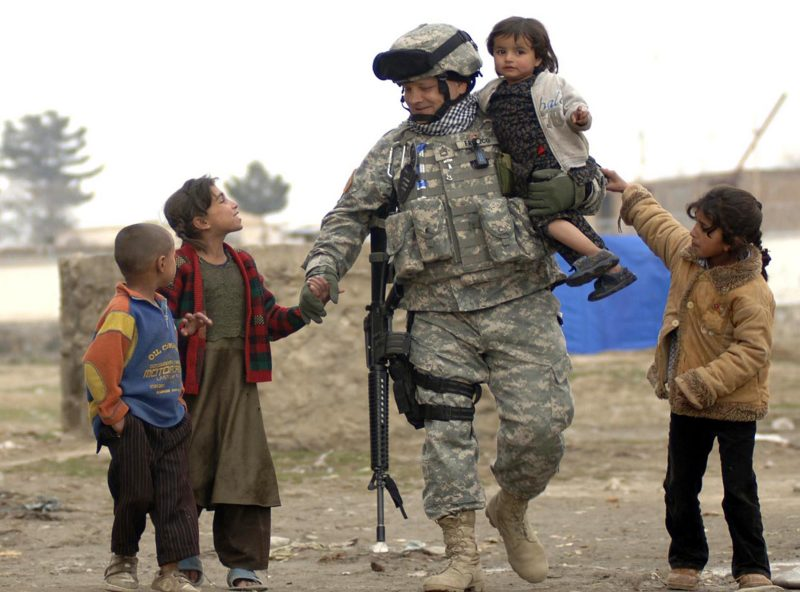 solider_with_kids
